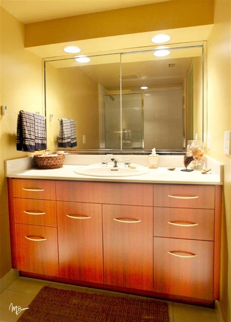 Custom Bathroom Vanities by Custom Bathroom Vanities