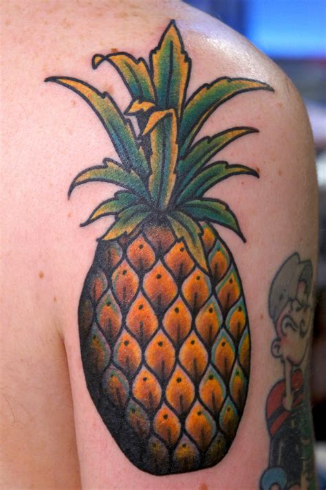 pineapple tattoo dane mancini inkamatic trieste traditional