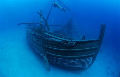 uluburun shipwreck oldest shipwreck the uluburun shipwreck dates back to