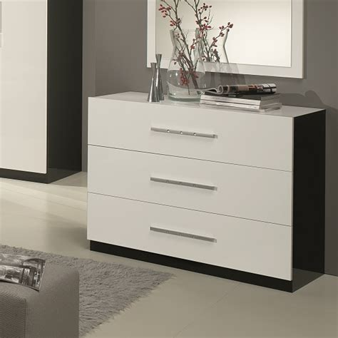Black And White Gloss Chest Of Drawers by Chest Of Drawers In Black And White High Gloss 31719