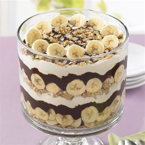 best 20 trifle bowl recipes ideas on pinterest triffle