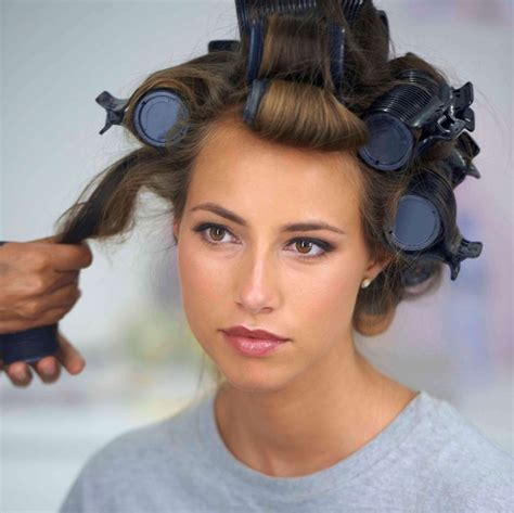 rolling hair styles 25 best ideas about using hot rollers on pinterest hot