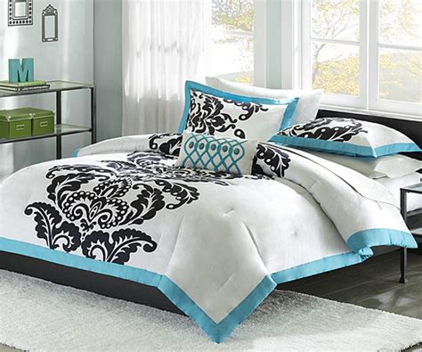 black white and blue bedroom white comforter with blue and black accents