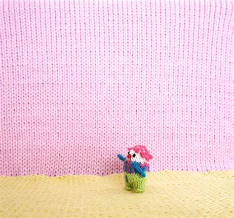 knitting gif knitting gifs find on giphy
