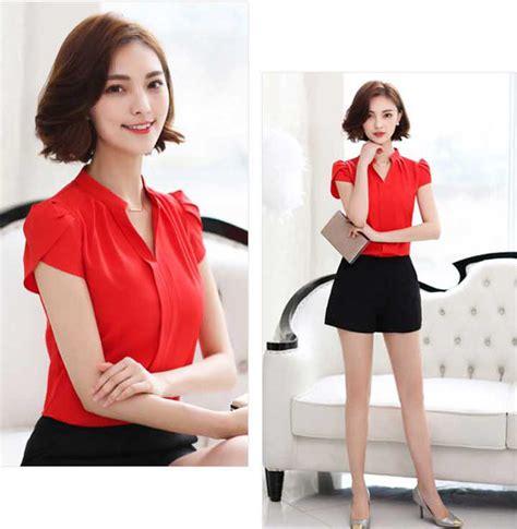 Six Line Ro Blouse Wanita Spandek Putih Dan Hitam 3 blus sifon modern warna merah model lengan tulip 32m47