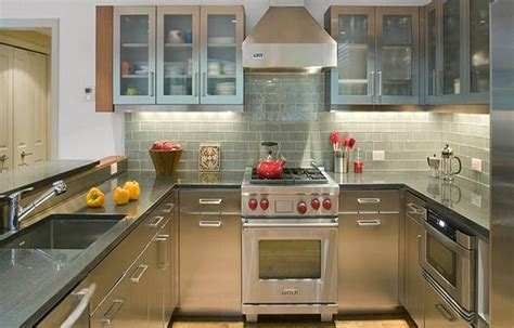 15 kitchens with stainless steel countertops homey ideas stainless steel kitchen countertops 100 plus