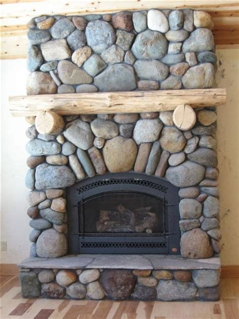 River Rock Veneer Fireplace by 17 Best Ideas About River Rock Fireplaces On