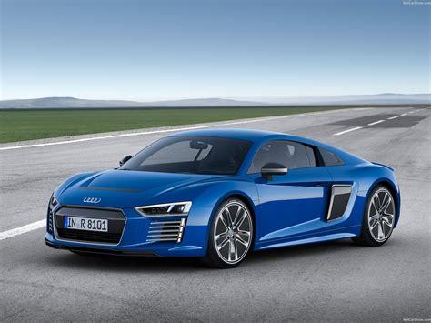 Audi R8 e tron (2016)