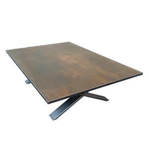 table basse avec pi 233 tement cross en acier et plateau