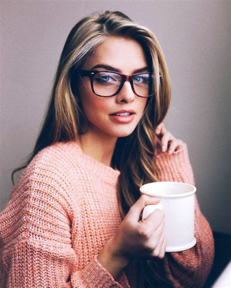 20 sweet tips for your teenage girl s bedroom 20 cute girls wearing glasses ideas to try instaloverz