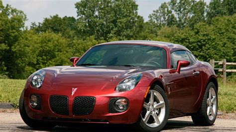 2009 Pontiac Solstice Coupe by Review Pontiac Solstice Gxp Coupe Goes Just Don T