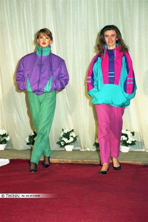 53 things only 80s girls can understand buzzfeed models in track suits 80s polish hauntology pinterest