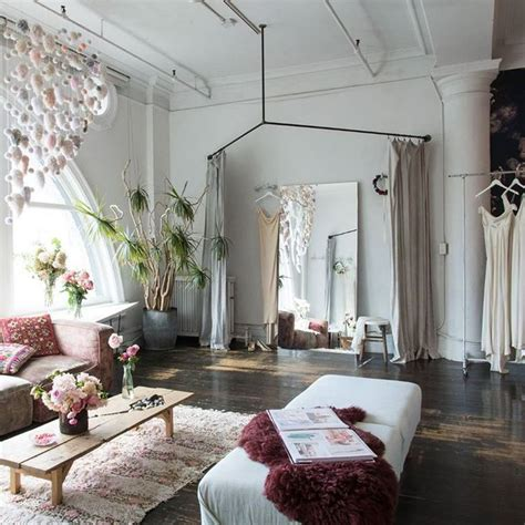 Store Interieur 539 by Best 25 Bridal Boutique Interior Ideas On