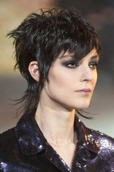 mullet hairstyles on pinterest mullet haircut with bangs new hair pinterest mullet