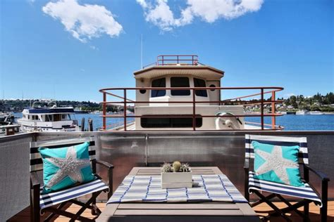 zillow houseboats house of the week a floating home in seattle zillow