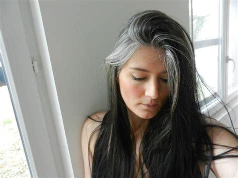 62 year old women how to stop coloring hair and go grey la bicolorit 233 des lectrices 58 50 nuances de gris ou