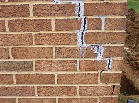 Riss In Wand Reparieren by Foundation Cracks Repair In Tennessee Foundation Wall