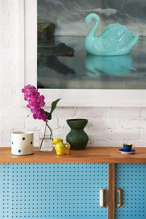 Budget Storage Ideas How To Arrange Your Shelf Displays Like A Stylist Styling