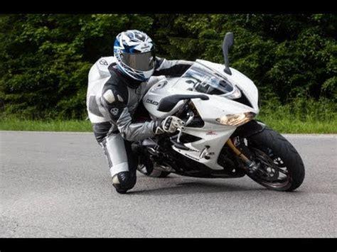 Motorrad Supersportler Vergleich 2014 by Bmw R 1200 Gs Stunt Chris Pfeiffer
