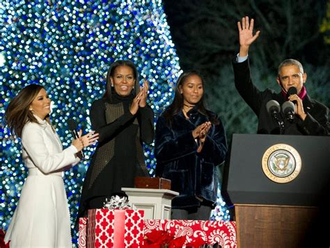 merry christmas obama and family hawaii weaponises his merry greeting