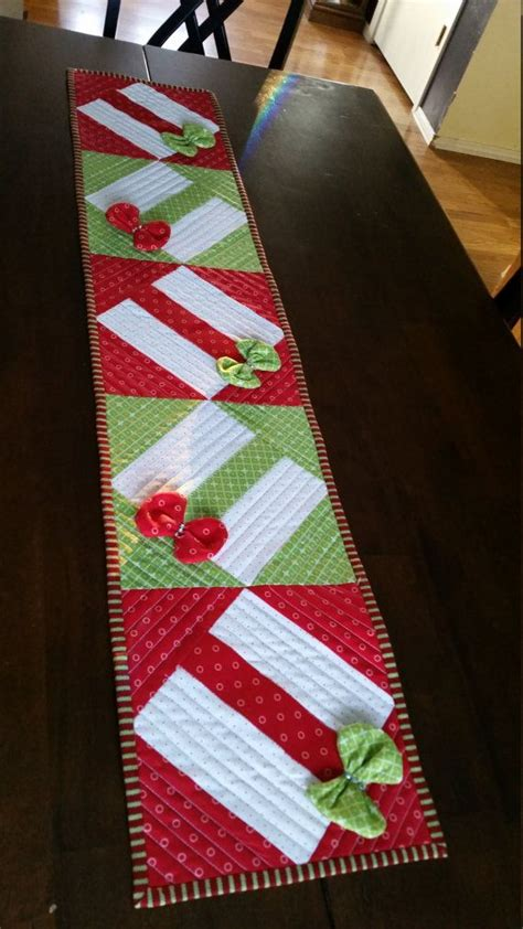 only best 25 ideas about table runners on