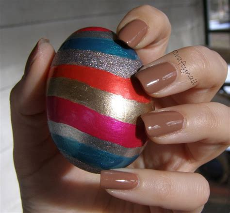 How To Decorate Your Nails by 301 Moved Permanently