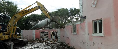 pablo escobar s former miami home demolished by new
