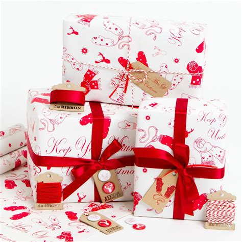 best wrapped christmas presents 5 best images of wrapped presents gift wrapped presents