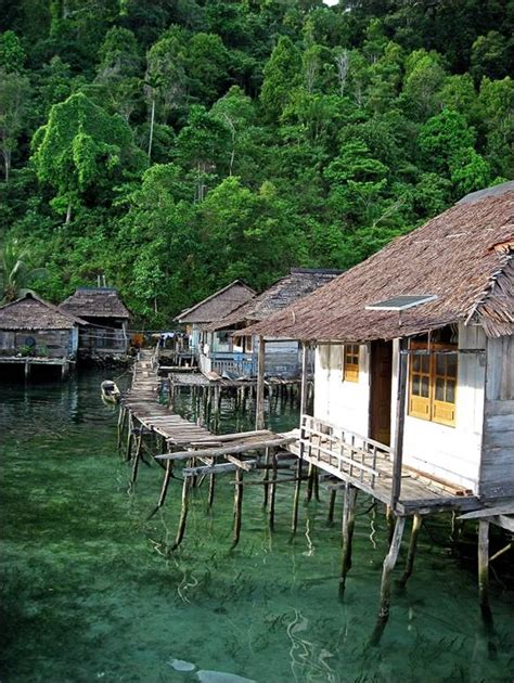 bay seram mt binaiya seram island indonesia 2010