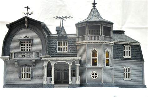 Review: The Munsters House at 1313 Mockingbird Lane   IPMS