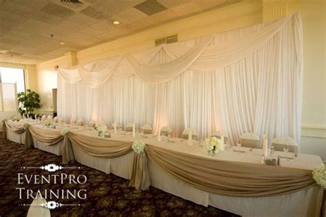 decorating the head table at a wedding reception ehow how to make a burlap table swag google search baby