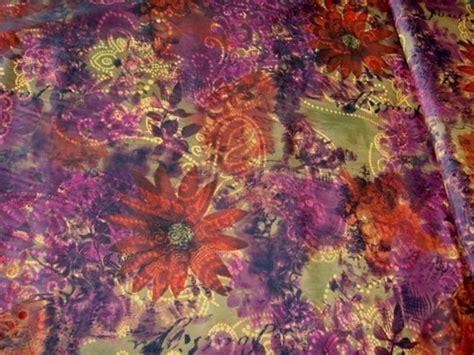 Lila Rot by Kleiderstoff Beflockter Stoff Rot Lila Gr 252 N Blumen 486 Ebay