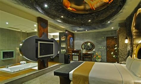batman inspired motel room in taiwan for your inner