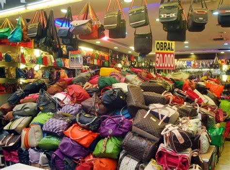 Jual Garskin Grosir Untuk Penjual 3 keuntungan belanja di pusat grosiran tas surabaya