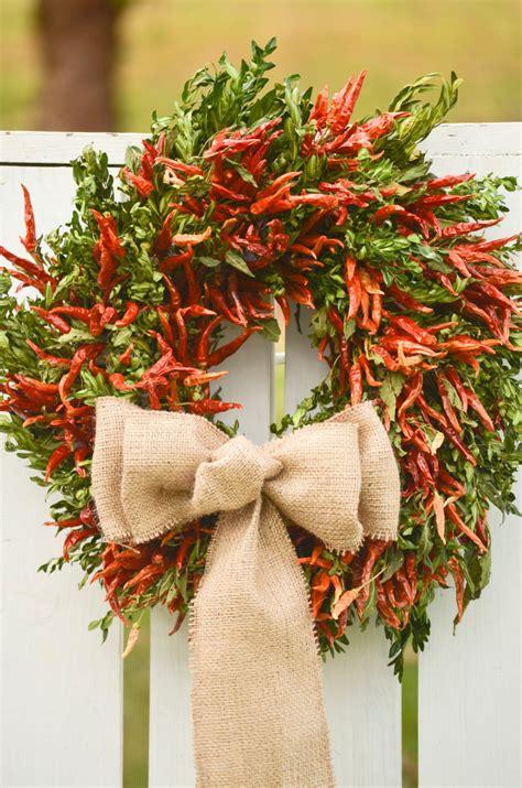 Handmade Wreath Ideas - 24 whimsical handmade wreath ideas 11