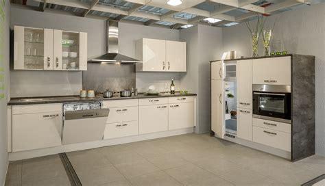 hochglänzende lack küchenschränke ansatztisch kuche beste bildideen zu hause design