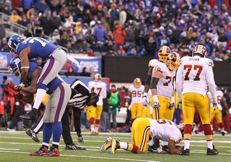 Calendrier Washington Redskins Dolphins Umenyiora Dans Le Collimateur Huddle