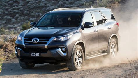 toyota fortuner 2015 toyota fortuner review drive carsguide