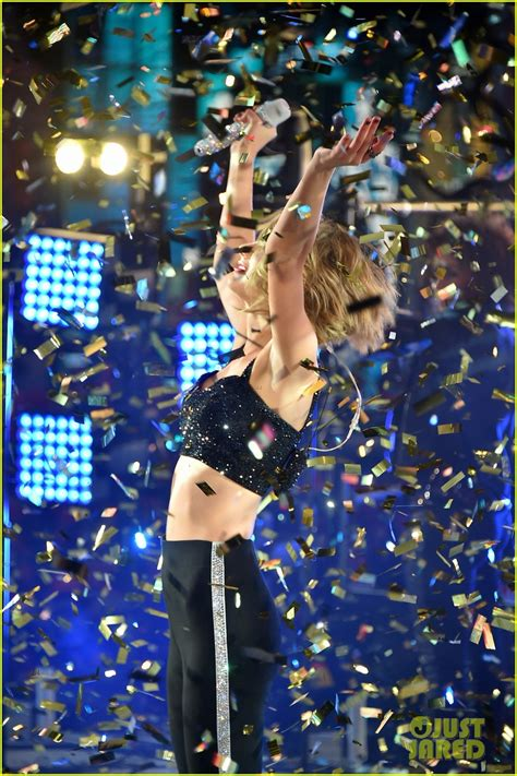 who is performing on new years sized photo of new years 2015 08 photo 3270647 just jared