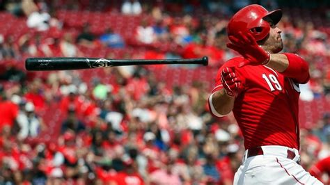 joey votto swing watch reds joey votto shuts down heckler at game wsyx