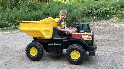 tonka ride on mighty dump truck for