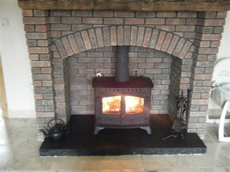 Hearth Bricks For Fireplaces by Brick Fireplace Designs For Stoves Images