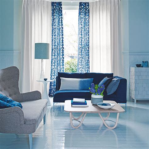 Blue Valances For Living Room Blue Living Room With Patterned Curtains Decorating