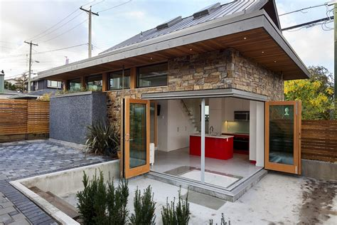 small house bliss an energy efficient contemporary laneway house by lanefab