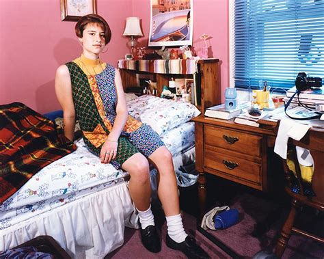 these 90s bedroom photos immortalize an awkward