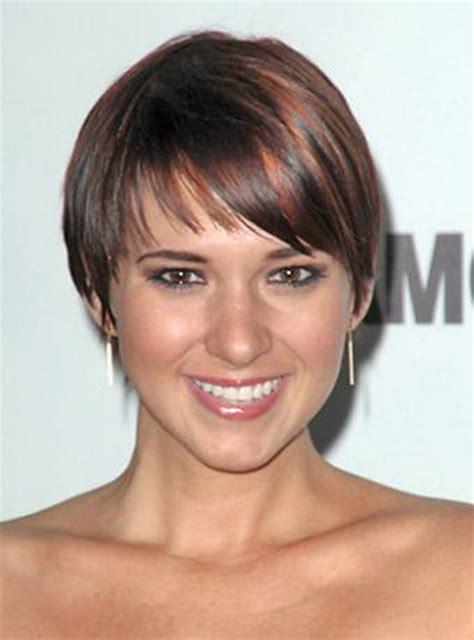 wedge cut for thin hair short wedge haircuts