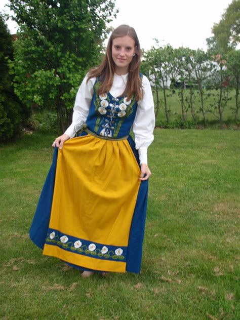 Costume National Dress traditional costumes of sweden the swedish national