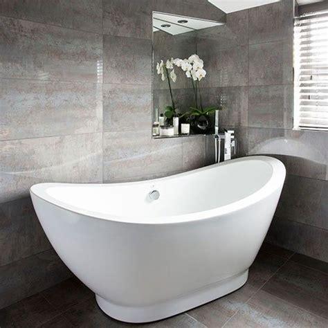 Badezimmer Fliesen Dunkelgrau by Wei 223 Und Dunkelgrau Gefliesten Badezimmer Wohnideen