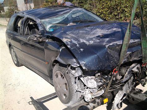 car crash file car crash jpg wikimedia commons