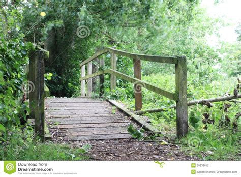 small wooden bridge small wooden footbridge plans diy free download tabletop